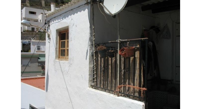 C0311 - LA RABITA - Village house