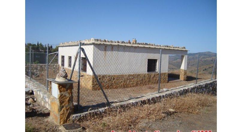 CJ255 - Cortijo unfinished near Albondón