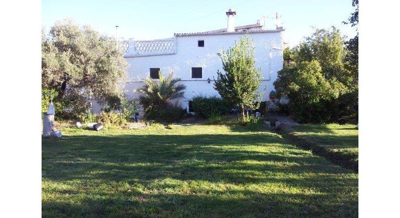 C0468 - Large village property in Cadiar