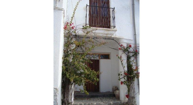C0481 - Village house in Mecina Bombaron