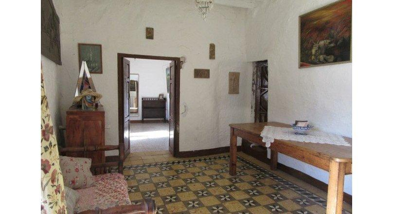 C0471 - Large village house in Cadiar