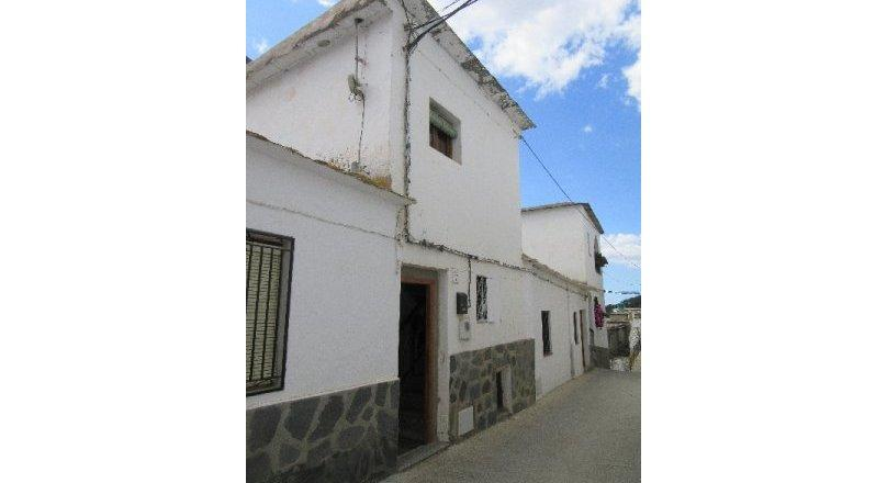 C0503 - Village house in Alcutar
